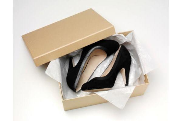 Công dụng của hộp đựng giày tiện lợi